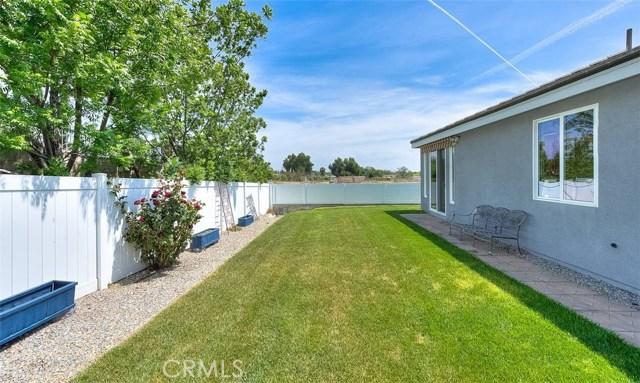 3186 Riverside Terrace, Chino CA: http://media.crmls.org/medias/1ee196bf-c2f1-4957-9a1c-332430ffcc5a.jpg
