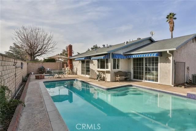 1322 Lanfair Street, Redlands CA: http://media.crmls.org/medias/1ee2ad4a-0fa5-4dd6-9080-98a98c1aa76d.jpg