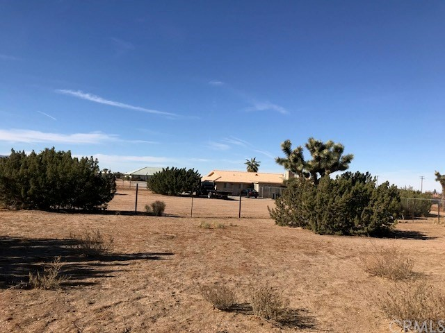 10045 Lilac Road Oak Hills, CA 92344 - MLS #: CV17272616