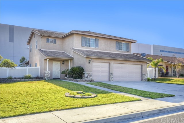 2540 N Fitzsimmons Ave, Rialto, CA 92377