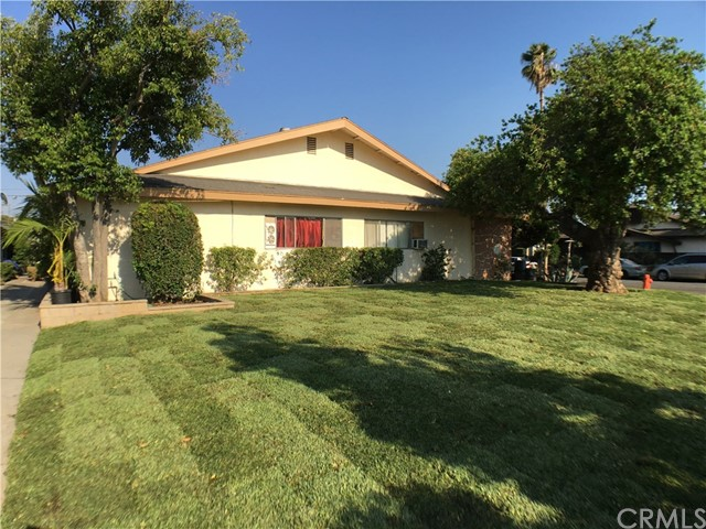 1005 N Lincoln Street Orange, CA 92867 is listed for sale as MLS Listing OC17048195
