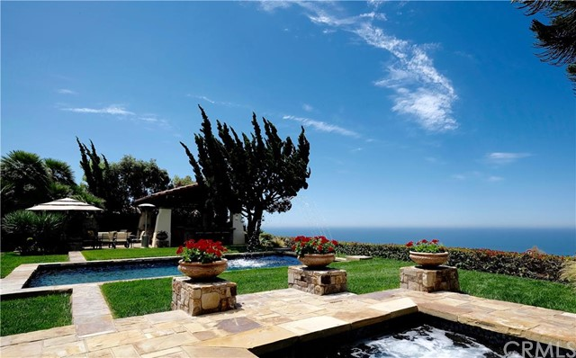 14 Cruisers Bluff Newport Coast, CA 92657 is listed for sale as MLS Listing NP16162754