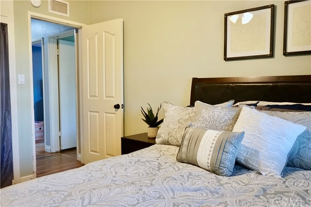 846 S Turquoise Street, Anaheim CA: http://media.crmls.org/medias/1f0757e6-88ca-4b67-b9f0-807d8350a34d.jpg