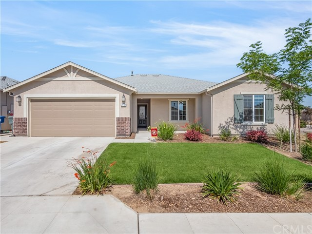 Detail Gallery Image 1 of 1 For 2462 S Bette Ave, Fresno,  CA 93727 - 4 Beds   2 Baths