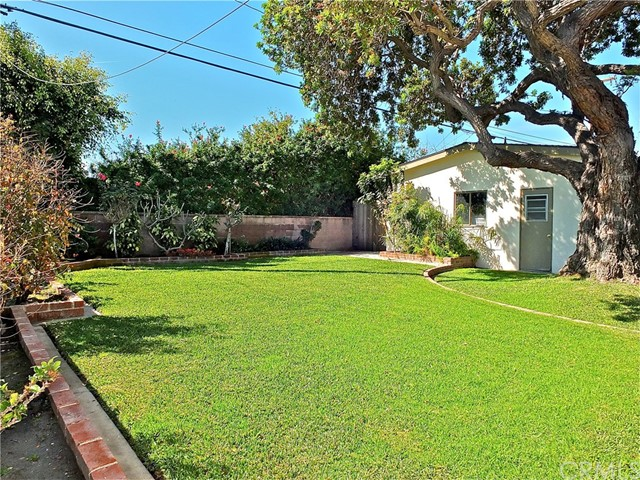 5960 E Los Arcos St, Long Beach, CA 90815 Photo 4