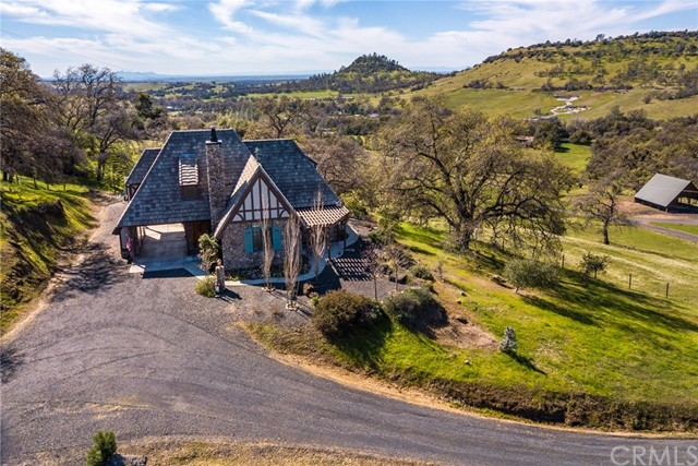 Casa Unifamiliar por un Venta en 3075 Messilla Valley Road Butte Valley, California 95965 Estados Unidos
