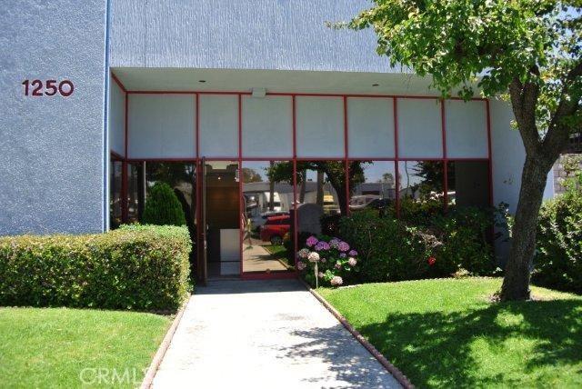 Casa Unifamiliar por un Venta en 1250 Bixby Drive City Of Industry, California 91745 Estados Unidos