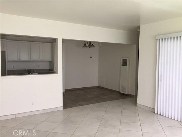 1815 W Crestwood Ln, Anaheim, CA 92804 Photo 3