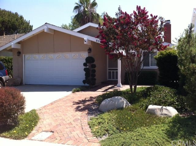Single Family Home for Sale at 23262 Via Ronda St Mission Viejo, California 92691 United States