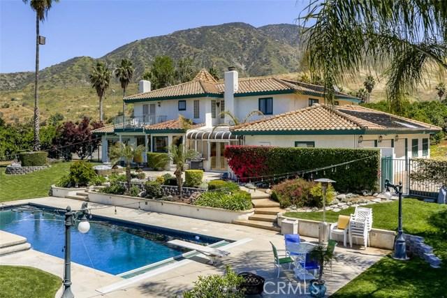 Single Family Home for Sale at 8966 Tres Lagos Street Mentone, California 92359 United States