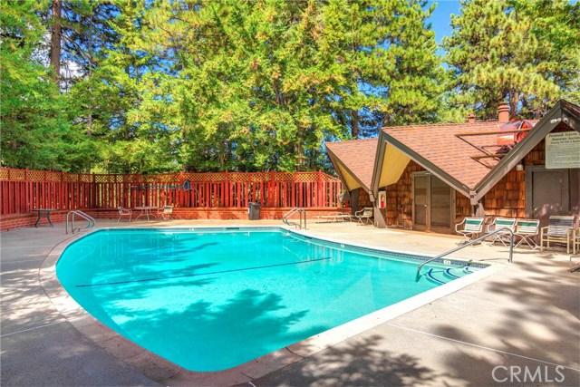 872 Sierra Vista Drive, Twin Peaks CA: http://media.crmls.org/medias/1f3751f9-6b39-4ddf-810c-4a0aad3ef958.jpg
