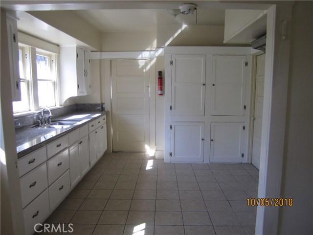 1844 West 38th Place, Los Angeles CA: http://media.crmls.org/medias/1f3793bd-1cd0-403d-98e5-474156cf2928.jpg