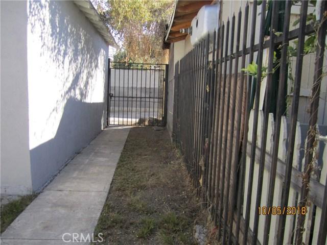 1844 West 38th Place, Los Angeles CA: http://media.crmls.org/medias/1f47279c-341b-4993-a105-a8016e38663c.jpg