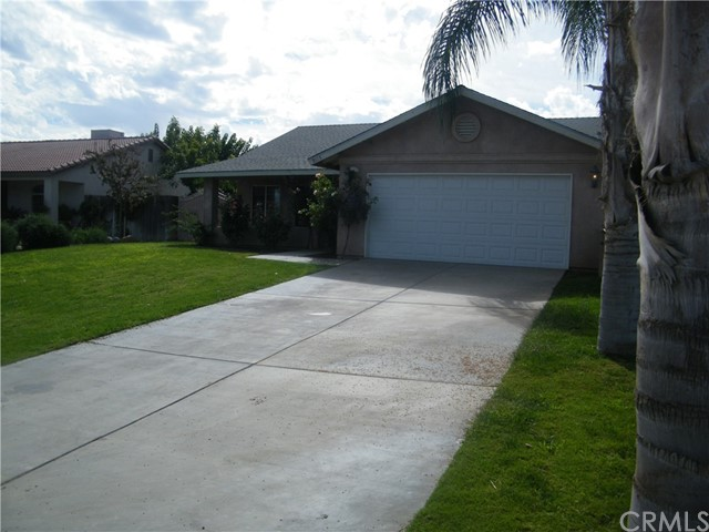 Single Family Home for Sale at 9115 Decoy Court Lamont, California 93241 United States