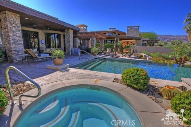 428 Morning Dove, Palm Desert CA: http://media.crmls.org/medias/1f52ec93-45c2-459c-8677-99a588bc103a.jpg
