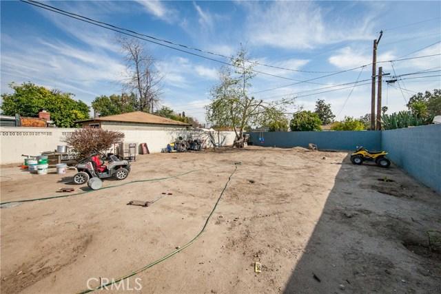 1123 W 15th Street, San Bernardino CA: http://media.crmls.org/medias/1f5468cc-2d05-4395-98ed-76d711640cef.jpg