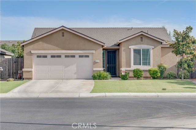 9019 Cadbury Drive, Bakersfield CA: http://media.crmls.org/medias/1f5aa510-b1bc-45b3-afb5-81c76df0e6d8.jpg