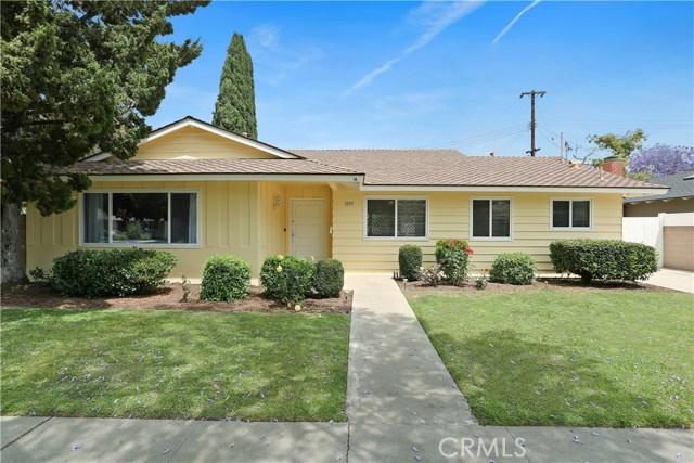 Single Family Home for Sale at 1233 Park Lane W Santa Ana, California 92706 United States