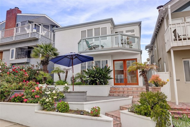 132  17th Street, Manhattan Beach in Los Angeles County, CA 90266 Home for Sale
