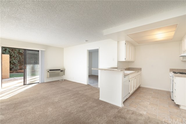 Detail Gallery Image 1 of 15 For 4758 Lakeview Ave #36, Yorba Linda, CA 92886 - 1 Beds | 1 Baths