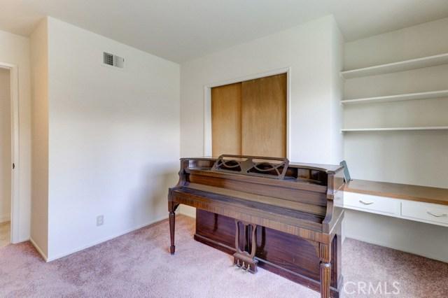 949 Patrick Avenue, Pomona, CA 91767, photo 28