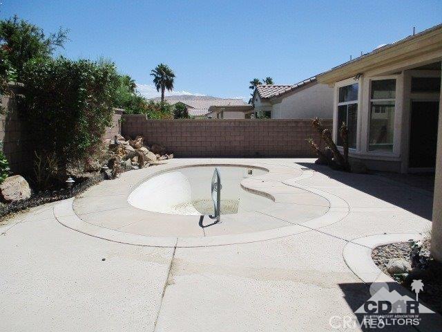 78300 Estancia Drive, Palm Desert CA: http://media.crmls.org/medias/1f7d874e-79d5-45fb-801a-662cd8cd758d.jpg