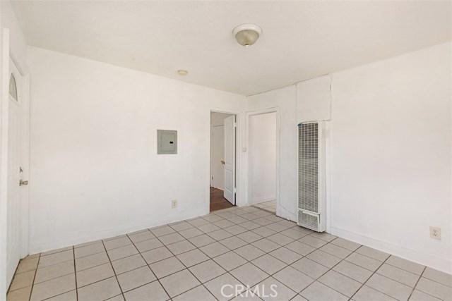 560 W 88th St, Los Angeles, CA 90044 Photo 11