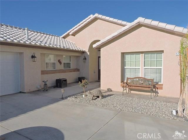57130 Selecta Avenue, Yucca Valley CA: http://media.crmls.org/medias/1f8c7405-be4c-4dfd-9c7f-2a7193f3321a.jpg
