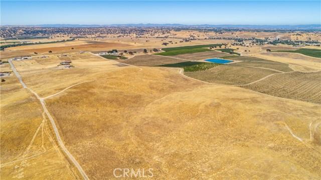 3740 Gruenhagen, Paso Robles CA: http://media.crmls.org/medias/1f906d3a-e385-4ced-a0c0-70e99e4e0595.jpg