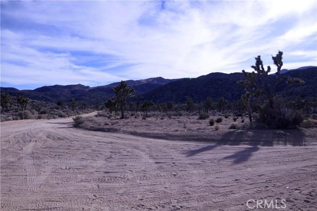 45447 Burns Canyon Road, Pioneertown CA: http://media.crmls.org/medias/1f9255a2-eefa-40f3-b3f8-5cb58592dd93.jpg