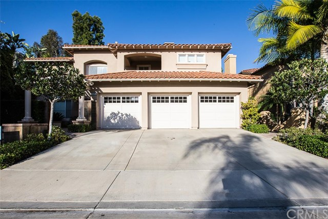 Single Family Home for Sale at 2175 Chandler St Tustin, California 92782 United States