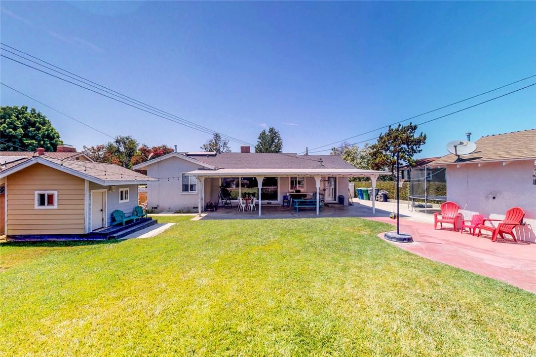 730 Rigsby Street, La Habra CA: http://media.crmls.org/medias/1f94ad81-c1a6-459c-bfe1-c65bf80e9efa.jpg