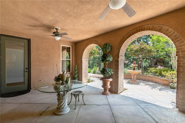 28 Salvatore, Ladera Ranch CA: http://media.crmls.org/medias/1fb3219f-e8c3-4a40-9886-8bb02f466e06.jpg