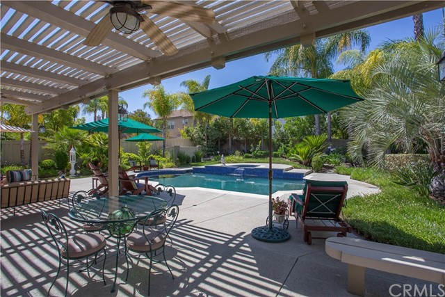 31839 Via Saltio, Temecula, CA 92592 Photo 4