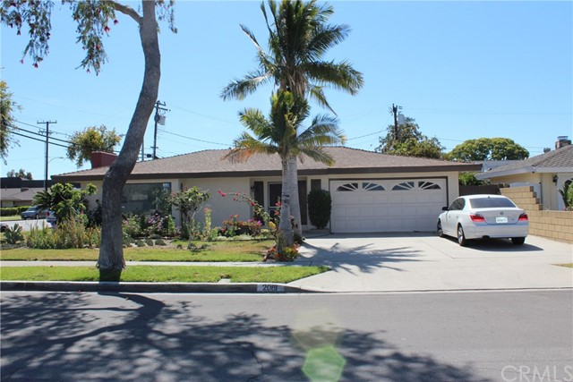 2081 S Lida Lane Anaheim, CA 92802 is listed for sale as MLS Listing RS18114874