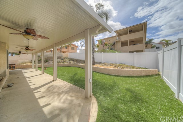 22549 Lighthouse Drive, Canyon Lake CA: http://media.crmls.org/medias/1fc4d43e-e0c1-436d-ab3c-0296b8df63b1.jpg