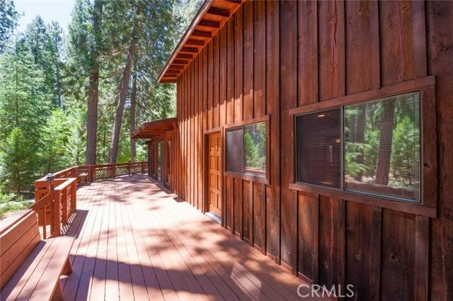 15555 Nopel Avenue, Forest Ranch CA: http://media.crmls.org/medias/1fc544dd-860b-4e70-a119-e2483055cf92.jpg