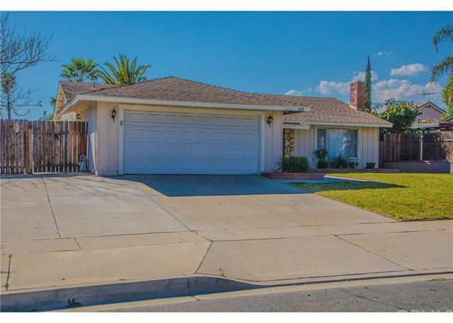 680 Teakwood Avenue,Rialto,CA 92376, USA