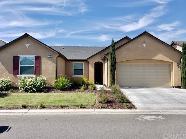 3356 Tradewinds Av, Tulare, CA 93274 Photo