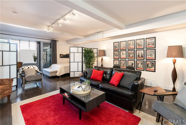 Detail Gallery Image 1 of 1 For 433 Pine Ave #100, Long Beach, CA 90802 - 0 Beds | 1 Baths