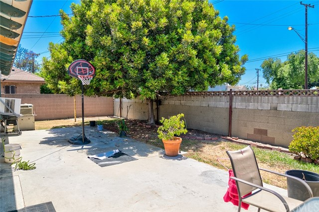 21139 S Adriatic Avenue Carson, CA 90810 - MLS #: RS18139306