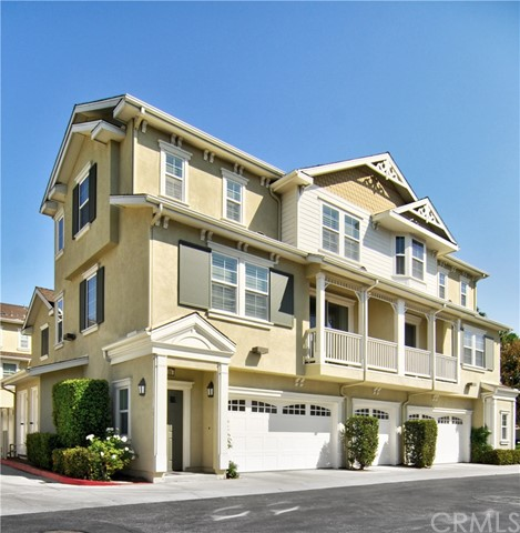Detail Gallery Image 1 of 1 For 735 Silk Tree, Irvine,  CA 92606 - 2 Beds | 2 Baths
