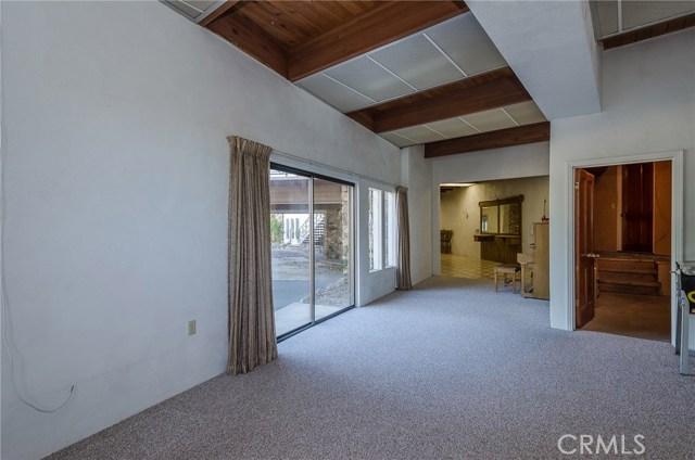 570 Raymond Avenue, Santa Maria CA: http://media.crmls.org/medias/1fe8719d-ed1e-4b9d-b241-f99232c0bbea.jpg
