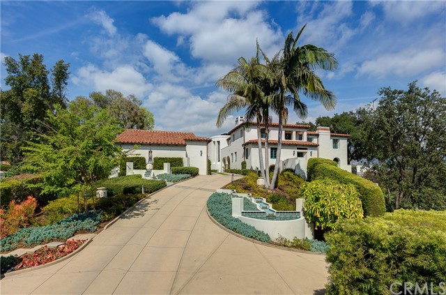 607 Foxwood Road, La Canada Flintridge CA: http://media.crmls.org/medias/1fee7ce3-a909-4d99-9926-b6a04313fd3d.jpg