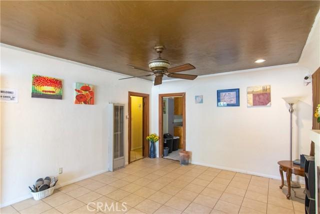845 Preston Street, San Bernardino CA: http://media.crmls.org/medias/20031986-bc4d-4a0e-9619-31fff4ebd403.jpg
