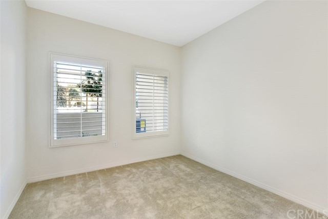 923 East Drapery Lane, Anaheim, CA 92802 Photo 2