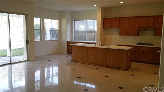 2840 Sawgrass Drive Santa Ana, CA 92706 is listed for sale as MLS Listing PW16728259