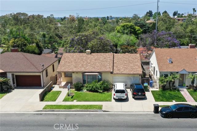 5853 S La Brea Avenue  Windsor Hills CA 90056