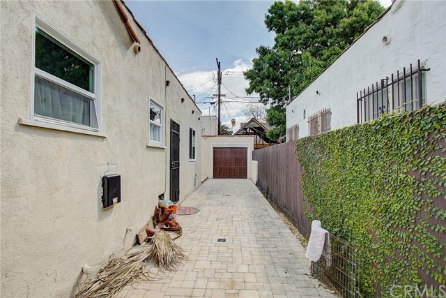 4142 5th Ave, Los Angeles, CA 90008 photo 23