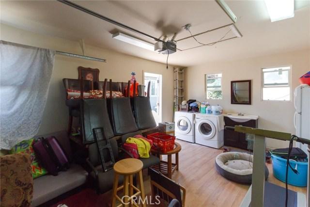 22922 Doble Avenue, Torrance CA: http://media.crmls.org/medias/2070533f-872a-4056-ab53-565a1670e591.jpg